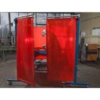 Welding Curtain Red EN1598, EN ISO 25980 in use